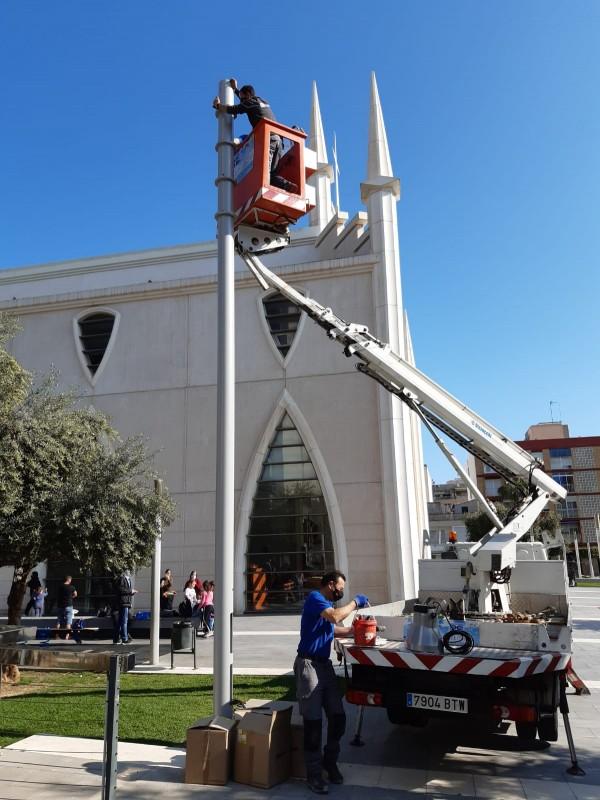 Torrevieja improves illumination in Plaza de Oriente