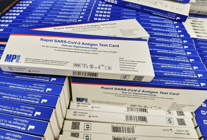 <span style='color:#780948'>ARCHIVED</span> - Alicante pharmacies struggle to meet demand for Covid rapid tests