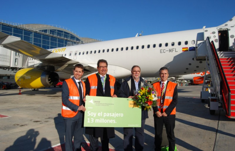 13 millionth passenger this year at Alicante-Elche airport!