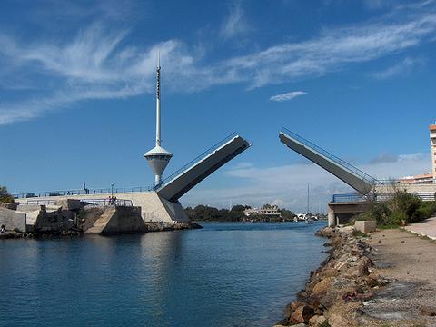 <span style='color:#780948'>ARCHIVED</span> - San Javier still seeking help to fund La Manga bridge maintenance